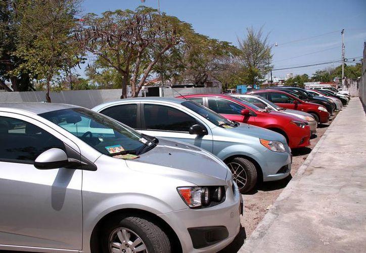 La emisión de contaminantes no es un problema en Yucatán, pero el Gobierno ya considera la instalación de centros de monitoreo de la calidad del aire para evitar contingencias, como en la Ciudad de México. (Milenio Novedades).