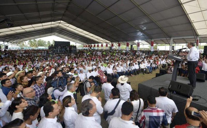 José Antonio Meade se presentó con éxito en Cardel, Veracruz. (vanguardia.com)