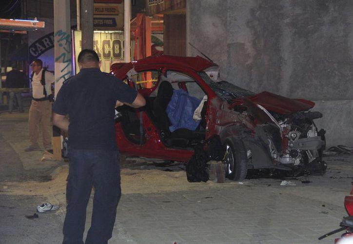 La combinación de exceso de velocidad con alcohol, provocó el accidente en Saltillo. (Foto: Christopher Vanegas/Vanguardia.mx)