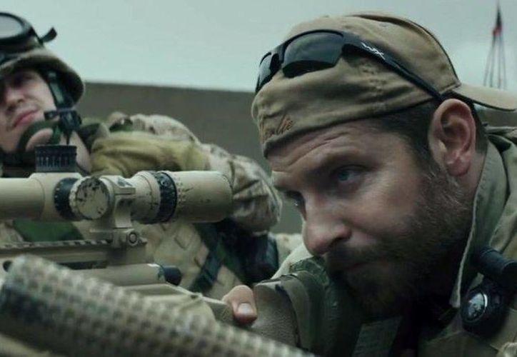 Bradley Cooper es el protagonista del filme Francotirador. (Warner Bros)