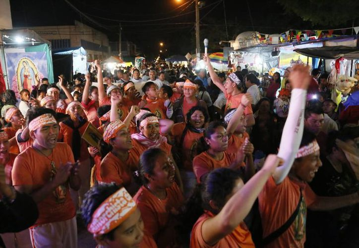 Más de 950 antorchistas demostraron su fe a la virgen. (Israel Leal/SIPSE)