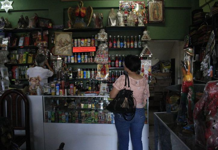 En Quintana Roo es común que la población recurra a prácticas alternativas para resolver sus problemas. (Harold Alcocer/SIPSE)