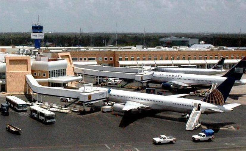 El convenio firmado a nivel nacional con Estados Unidos favorecerá la llegada de más visitantes vía aérea a Quintana Roo. (Foto de contexto/Internet)