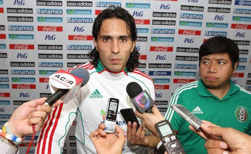 Aldo de Nigris tendrá el privilegio de usar el número 11 en Chivas. (Notimex)