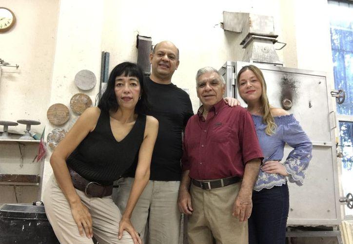 Los artistas que participarán en la exposición colectiva. (Faride Cetina/SIPSE)