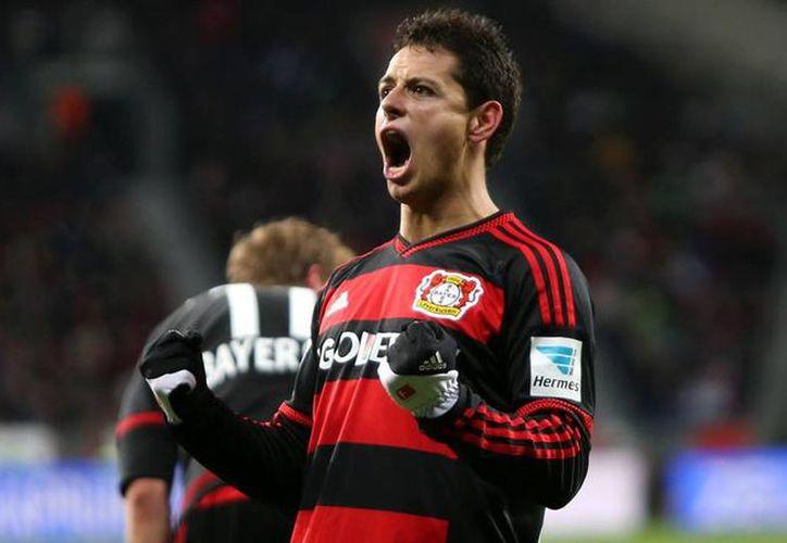 Javier 'Chicharito' Hernández anotó tres tantos en la goleada de su equipo, el Bayer Leverkusen, al Borussia Mönchengladbach. (facebook.com/bayer04fussbal)