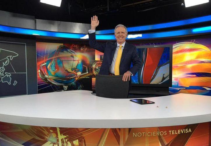Joaquín López-Dóriga condujo el viernes pasado por última vez el noticiario estelar de Televisa. (facebook.com/JoaquinLopezDoriga)