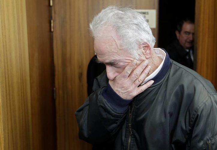 Pierre Le Guennec en un tribunal en Grasse, Francia, asegura que los cuadros fueron un obsequio de Picasso. (Agencias)