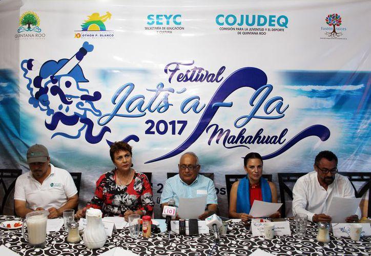 En conferencia de prensa, los organizadores del evento y autoridades, dieron a conocer las actividades que se efectuarán. (Joel Zamora/SIPSE)