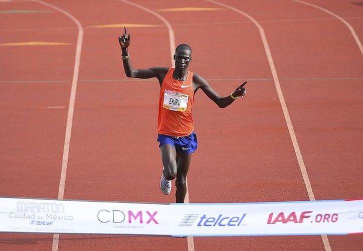 Nuevamente Kenia conquista el Maratón de la Ciudad de México. (MexSport))