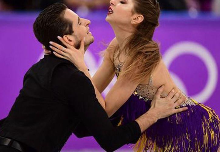 Alexandra Nazarova y Maxim Nikitin usaron la canción mexicana 'Cucurrucucú Paloma' para su coreografía en los Juegos Olímpicos. (Foto: El Dictamen)