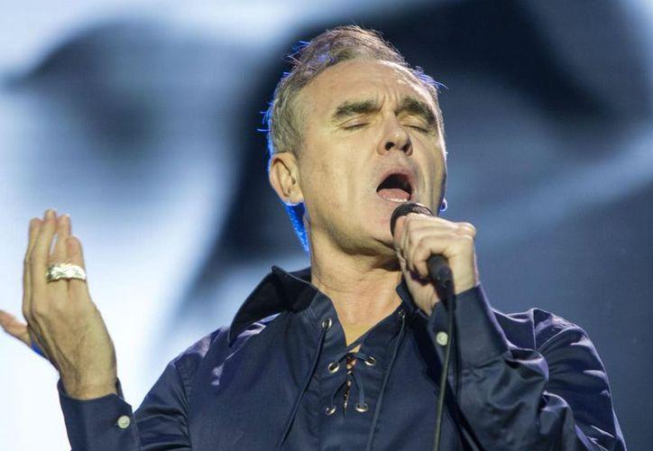 Morrissey se abstiene de 'comer cualquier cosa que tenga una madre'. (Foto: Tone Deaf)