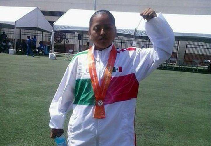 Beatriz Domínguez se lleva la medalla de oro. (Raúl Caballero/SIPSE)