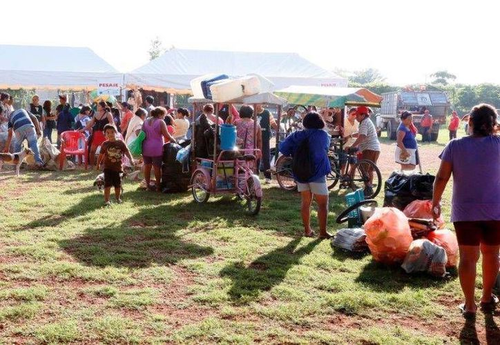 Mediante este programa la gente canjea material reciclable por artículos de la canasta básica y de limpieza. (Facebook Sedesol Yucatán)