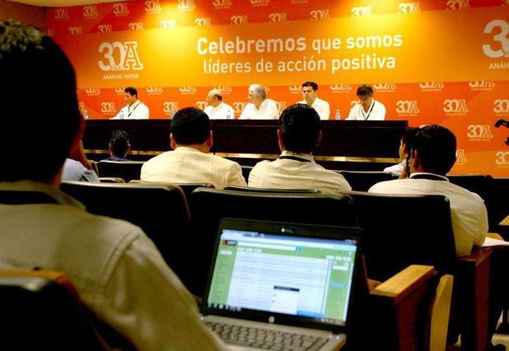 Imagen del inicio del XV Congreso de la Comisión Ejecutiva de Tecnologías de la Información en la Mayab. (Milenio Novedades)