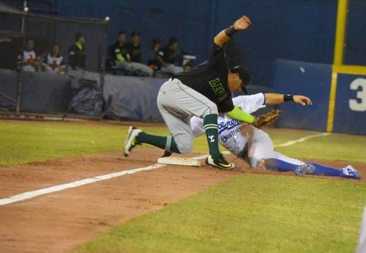 En el primer partido de la serie Leones de Yucatán fue blanqueado por Acereros de Monclova: 1x0. (Milenio Novedades)