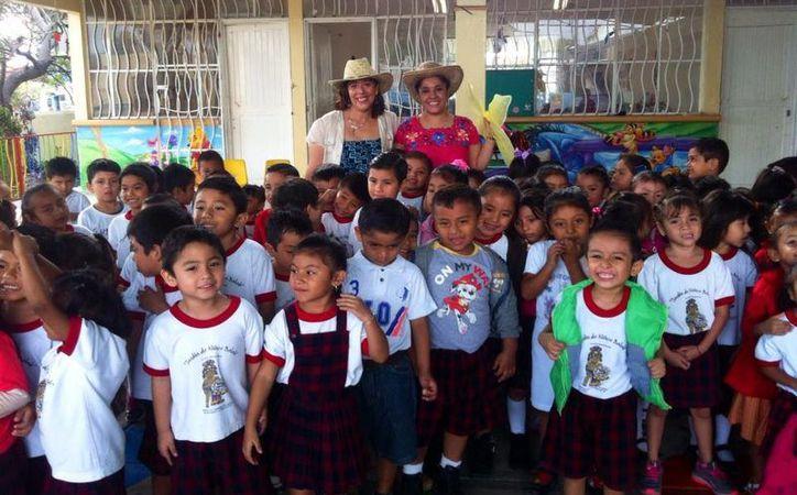 Las presentaciones han divertido a muchos niños en edad escolar. (Alejandra Flores/SIPSE)