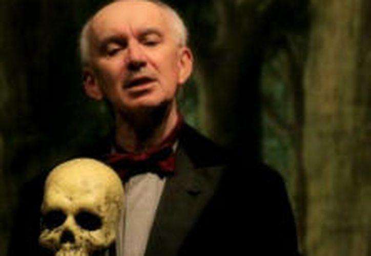 El actor interpretó el show con el teatro vacío. (Foto: Internet)