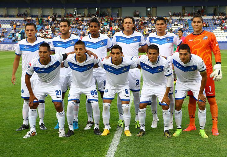 Los jugadores entrenaron en la cancha uno de la Unidad Deportiva, bajo las órdenes de Valiño. (Foto: Contexto/Internet)