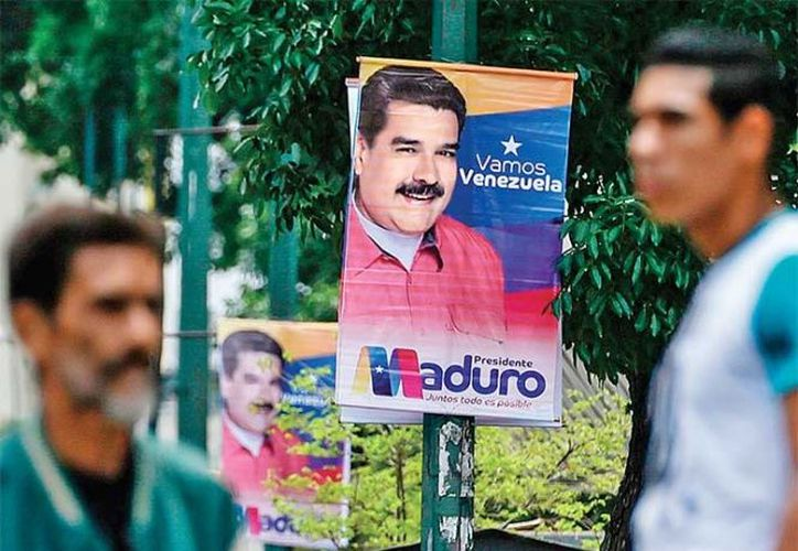 Las pancartas llaman a votar a favor de Maduro. (excelsior.com)