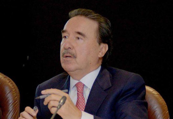 En cuanto a la reunión con el candidato perdedor del PAN, Ernesto Cordero, Gamboa Patrón (foto) dijo que se trató de una 'plática de amigos'. (Notimex/Foto de archivo)