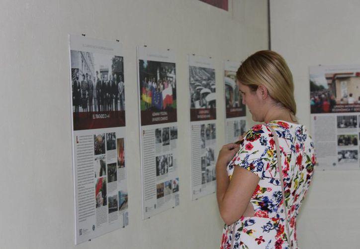 Inauguran en el Pasaje Picheta una muestra histórica sobre la reunificación de ese país. Estará disponible todo el mes. (Fotos cortesía del Gobierno estatal)