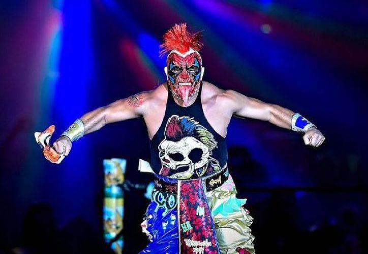 La Plaza de Toros de Cancún se vestirá de gala esta noche con la presentación de los luchadores. (Redacción)