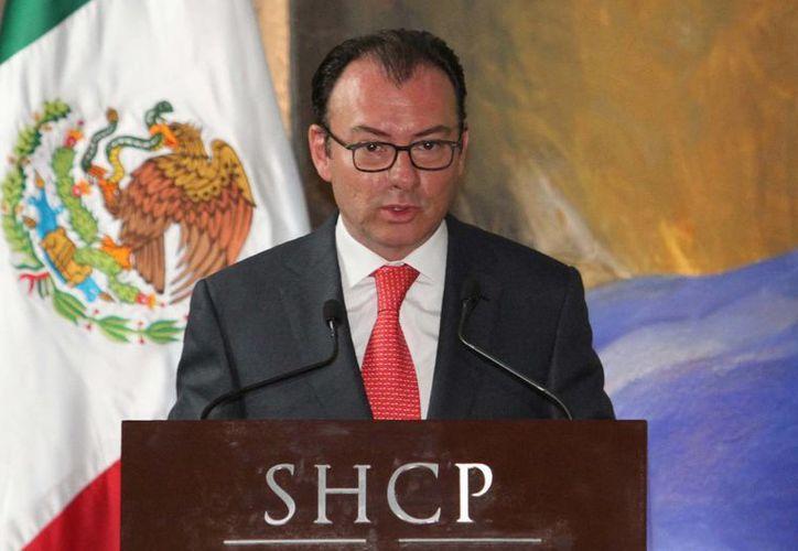 El secretario de Hacienda, Luis Videgaray, nauguró la 23 reunión plenaria de consejeros de Banamex. (Archivo/Notimex)