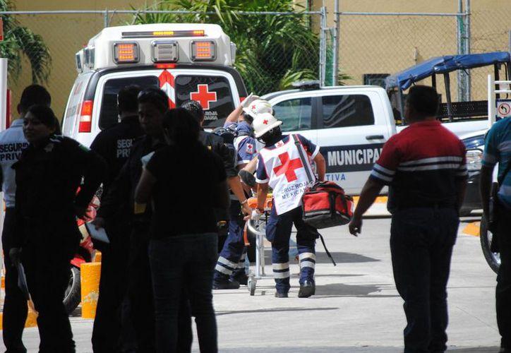 Ayer se registró otro hecho delictivo en el estacionamiento de plaza Vivendi. (Eric Galindo/SIPSE)