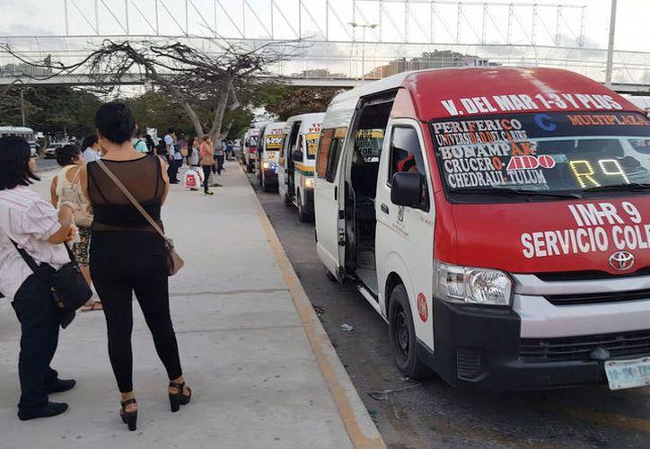 En enero pasado, el ex titular de Sintra, autorizó el aumento de un peso a la tarifa de la empresa TTE. (Jesús Tijerina/ SIPSE)