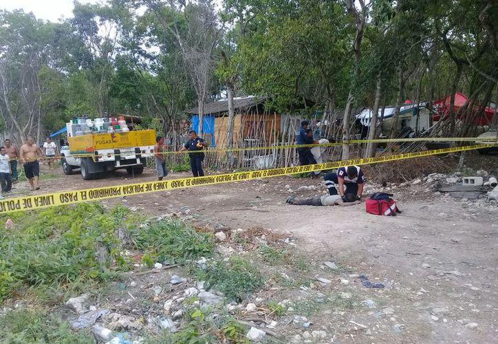 Un hombre falleció luego de haber sido atropellado por un camión repartidor de gas, en Tulum. (Redacción/SIPSE)