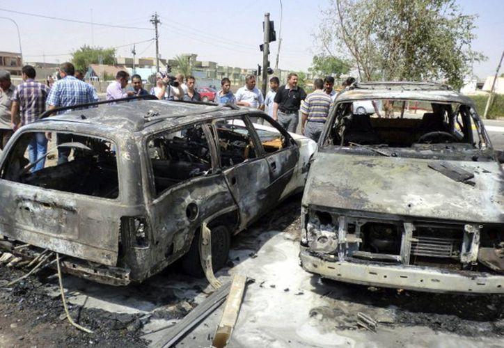Una explosión hirió a varios civiles que pasaban por la zona. (EFE)