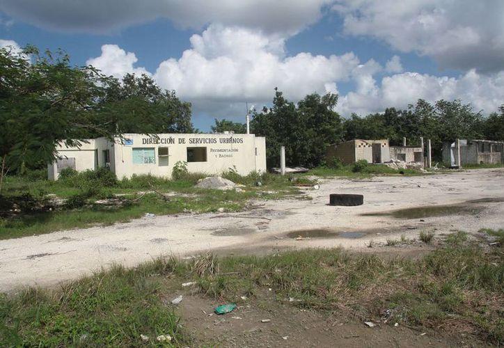El predio se ubica casi frente a la plaza del muelle Puerta Maya. (Julián Miranda/SIPSE)