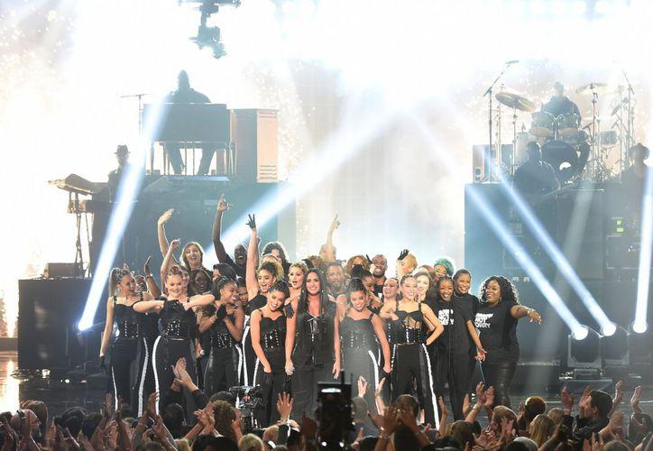 El cantante Bruno Mars se quedó con el premio más importante de los AMAs 2017. (Foto: El Comercio)