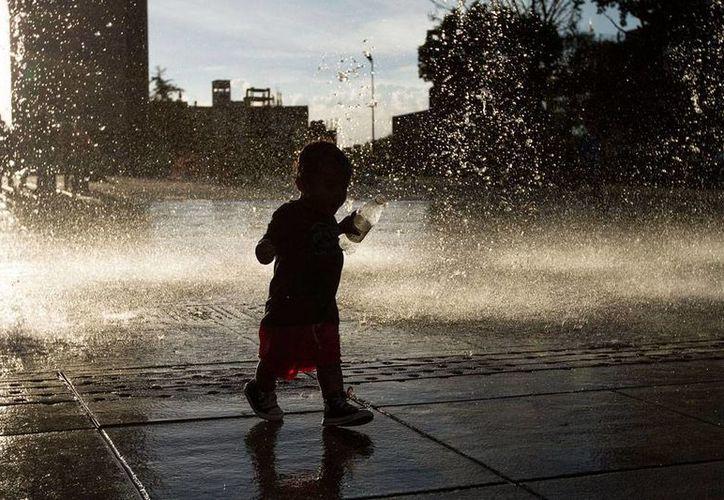 SMN mantiene le pronóstico de calor intenso para la mayor parte del país. La imagen únicamente ilustrativa. (NTX/Archivo)