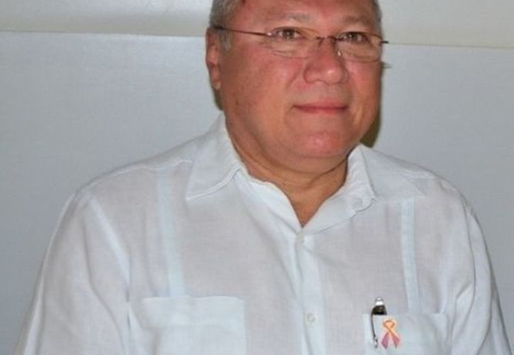 Rafael Alpuche Delgado recalcó que se han fortalecido las acciones de vigilancia epidemiológica en Majahual. (Redacción/SIPSE)