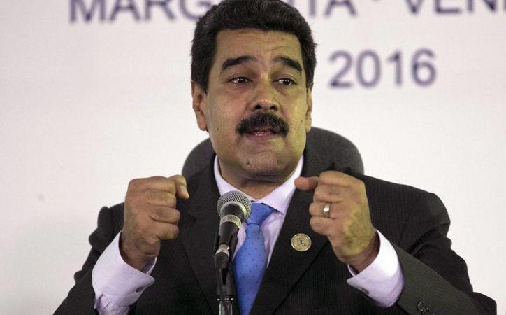 El Presidente de Venezuela enfrenta el intento de la oposición por realizar un referéndum revocatorio de su mandato. (AP/Ariana Cubillos)