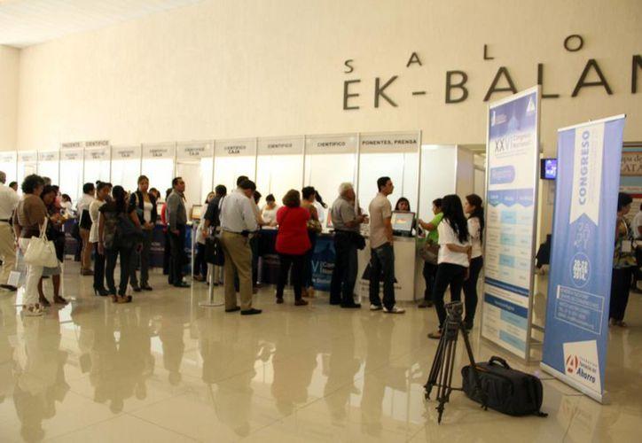 """El Centro de Convenciones """"Yucatán Siglo XXI"""" alberga muchos eventos. (José Acosta/SIPSE)"""