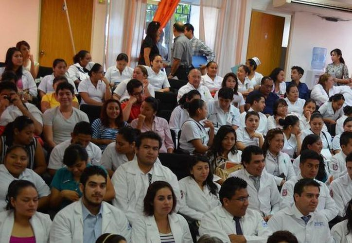El sistema de alumnos permite solucionar problemas de salud que competen al médico general. (Redacción/SIPSE)