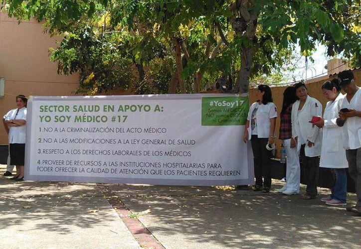 Comienza el movimiento #YoSoyMédico17 (SIPSE)
