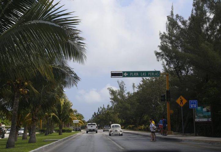 Los reductores de velocidad se instalarán en el kilómetro 10. (Israel Leal/SIPSE)