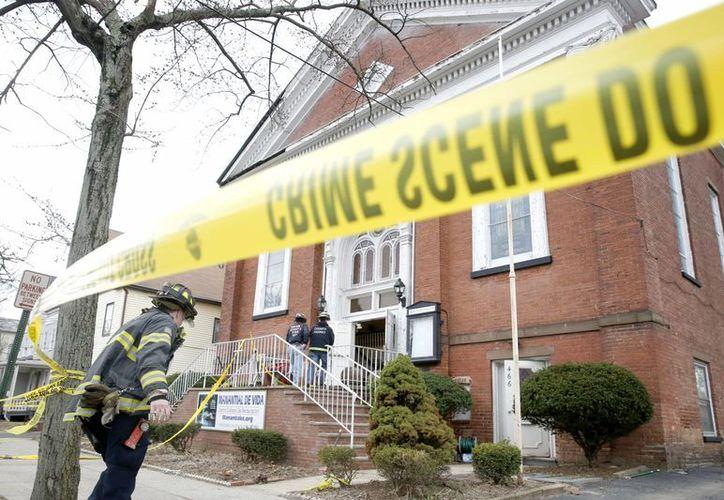 Se desconoce todavía la causa del colapso en un templo en el norte de Nueva Jersey. (Agencias)