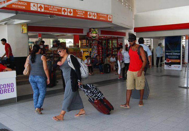 El año pasado ingresaron al estado más de 98 mil extranjeros. (Tomás Álvarez/SIPSE)