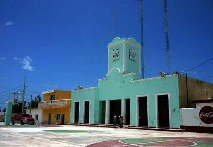 Los alcaldes de Telchac Puerto (foto) e Ixil han comenzado pláticas para resolver el lío limítrofe que involucra a sus municipios. (Milenio Novedades)