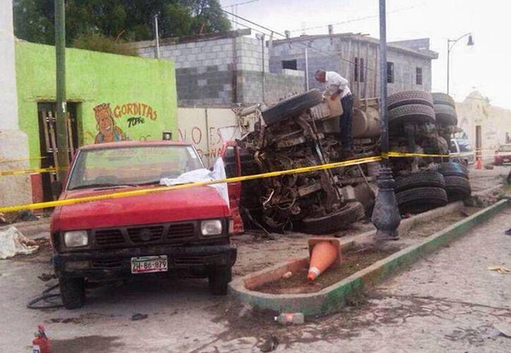 Hasta el momento 23 peregrinos fallecieron por el atropellamiento de un vehículo pesado que, al parecer, se quedó sin frenos. . (Excelsior)