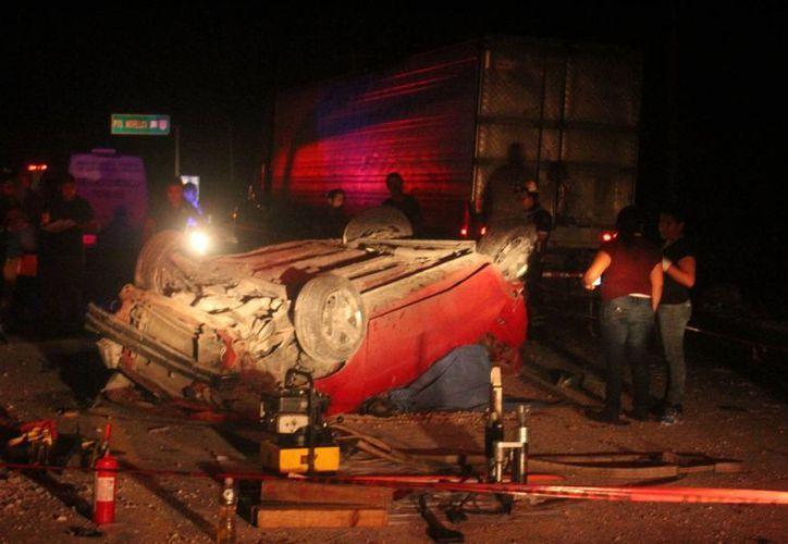 El accidente se registró en la madrugada del lunes. (Redacción/SIPSE)