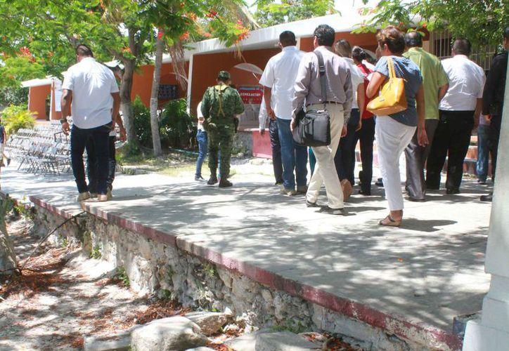 Las autoridades realizaron una segunda inspección de refugios anticiclónicos. (Sergio Orozco/SIPSE)