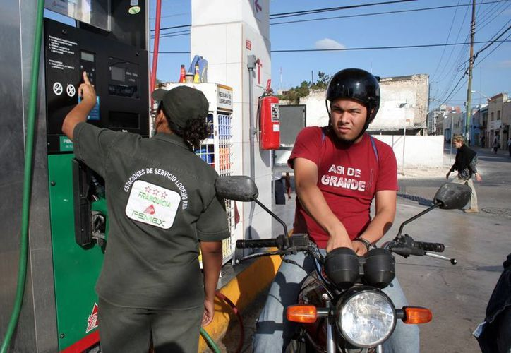 La aplicación Zenzzer mide en tiempo real el llenado de la gasolina. (Milenio Novedades)