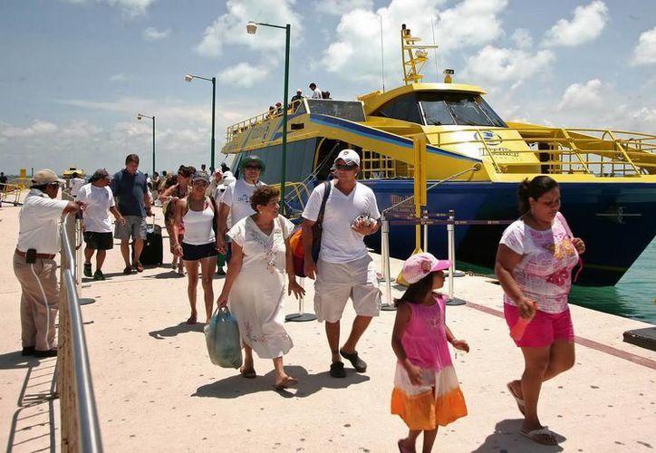 El número de pasajeros que arribaron a la ínsula en abril, creció 16.6 por ciento respecto al mismo mes del año pasado. (Redacción/SIPSE)