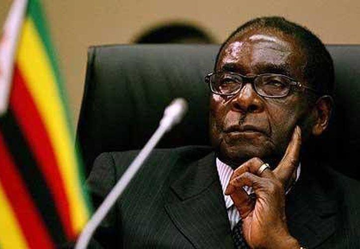 Tsvangirai, perdedor ante Mugabe (foto) agregó que desafiará los resultados en los tribunales. (telegraph.co.uk)